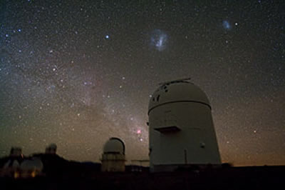 sky-watching.co.uk - # 96 - Telescope Domes Clustered at La Silla