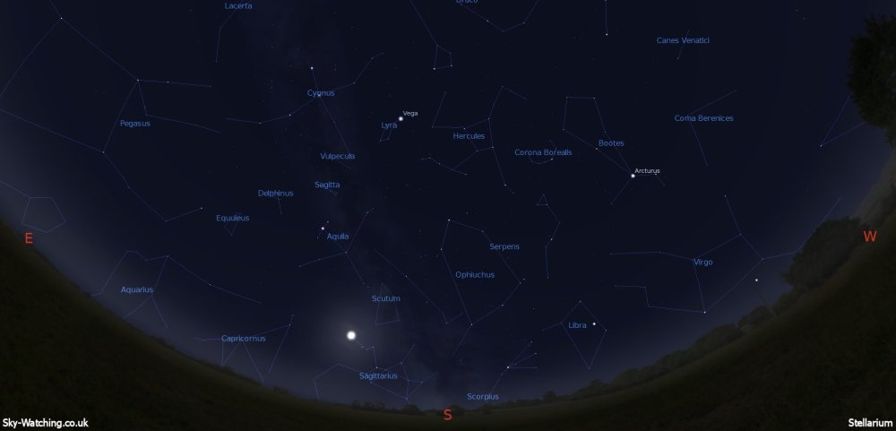 Shown at 00:00 UTC (01:00 BST) on 16th May, both these images are a handy guide for the whole month. This is the view you'll get looking south (click to enlarge) – Credit: Sky-Watching/Stellarium